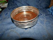 VINTAGE LEGACY SILVER PLATED BOTTLE COASTER OAK BASE PIERCED GALLERY ROSES
